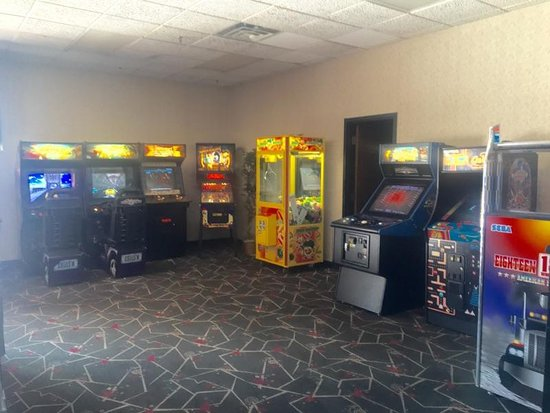 Galax, VA: Southeast Cinemas Entertainment, LLC | Twin County Cinemas