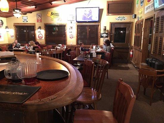 Banner Elk, NC: bar in The Pedalin' Pig BBQ restaurant