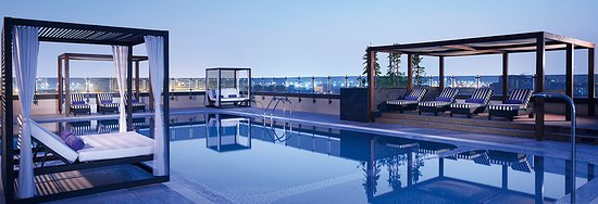 Pullman Dubai Creek City Centre: Outdoor Pool