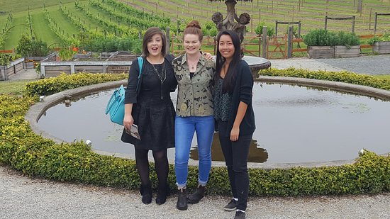 Croydon, Australia: A Day on the Vine