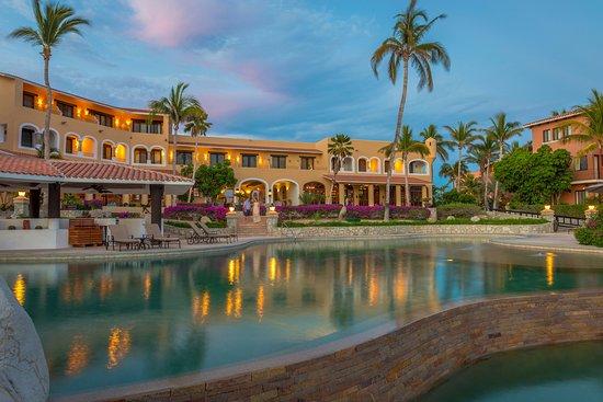 Casa del Mar Golf Resort & Spa: Pool Bar