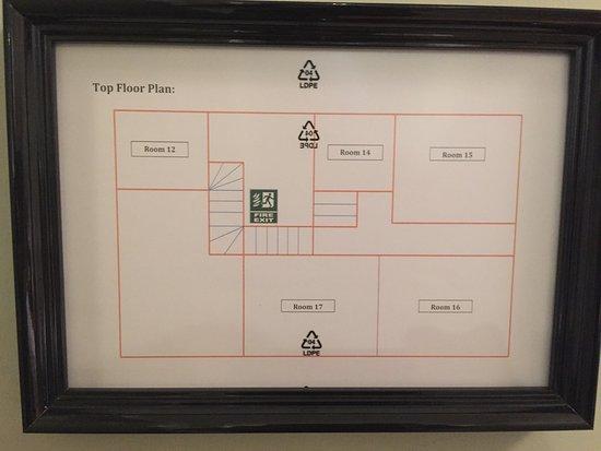 Baldock, UK: 非常口案内図。これを見ると自分の部屋(14号室)が一番狭いとわかります。