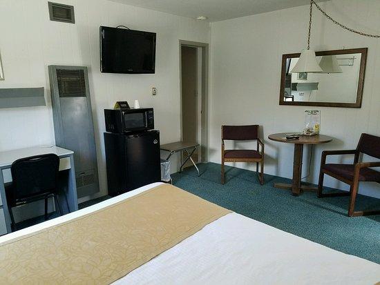Havre, MT: Room #12 1 Queen Bed