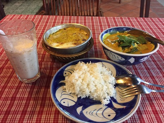 khmer kitchen restaurant this is pumkin and fish and khmer food served with rice