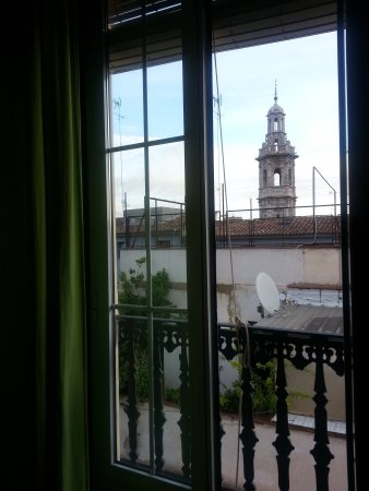 Hostal El Cid Valencia : View from the room, 4th floor