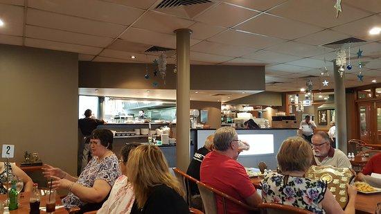 Gosford, Australia: 20161130_185842_large.jpg