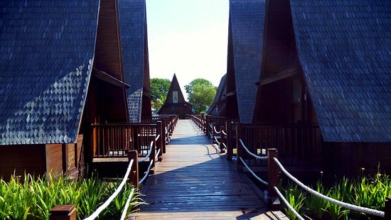 Cottage Foto Ade Irma Suryani Waterland Cirebon Tripadvisor