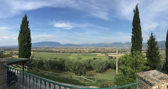 Montefalco, Italy: Another view...