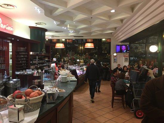 Orio Al Serio, Italy: Break Cafè
