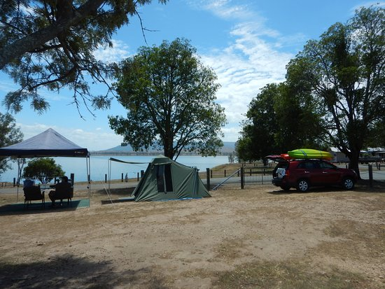 Lake Somerset Holiday Park: Not a place for bare feet or soft floors.
