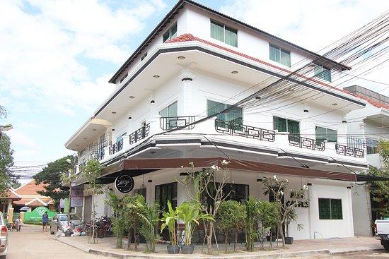 Kandal Village Inn