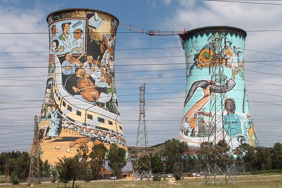 Roodepoort, Sudáfrica: Orlando Towers - Soweto