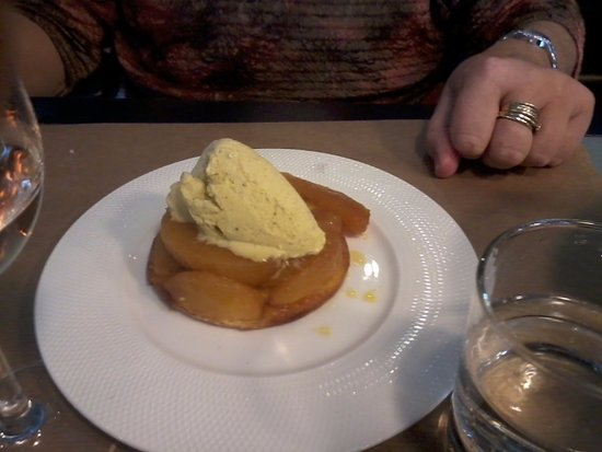 Beaugency, France: dessert