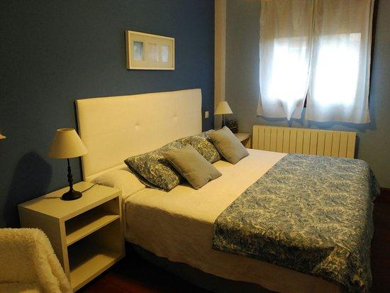 Apartamentos La Buhardilla: Habitación