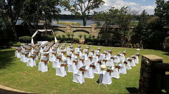 Benoni, Sudáfrica: Outside Wedding Ceremony