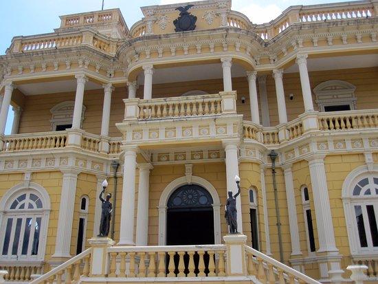 Palacio Rio Negro: Another view