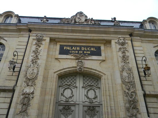 ‪‪Ducal Palace‬: дворец‬