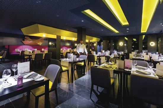 HOTEL RIU FUNANA - Updated 2019 Prices   Resort (All-Inclusive) Reviews  (Cape Verde Ilha do Sal - Santa Maria) - TripAdvisor d4dafa13a43