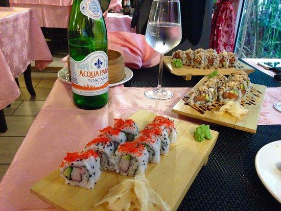 bar trattoria 999 sushi california e philadelphia maki