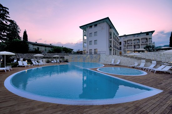 Hotel villa luisa resort spa lake garda italy reviews photos price comparison for Hotels in bologna italy with swimming pool