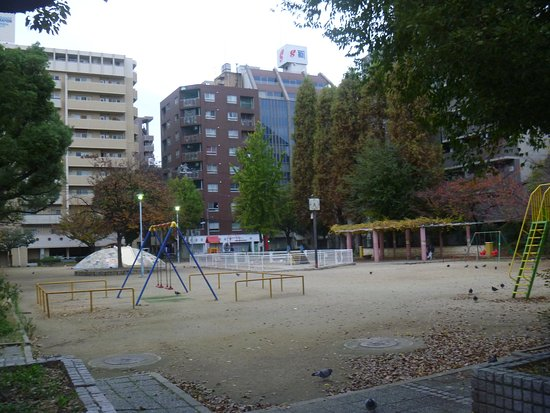 Takakiyabashi Park