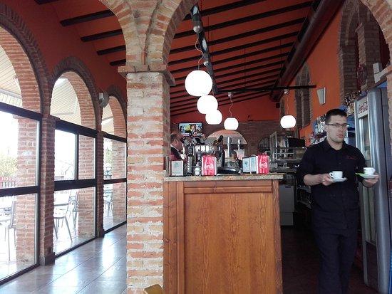 La Almunia de Doña Godina, España: 20161130_140722_large.jpg
