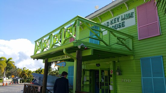 Lantana, FL: front