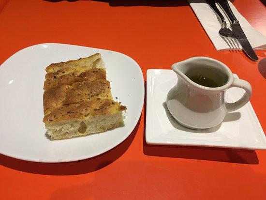 McLean, VA: Bread & Olive Oil