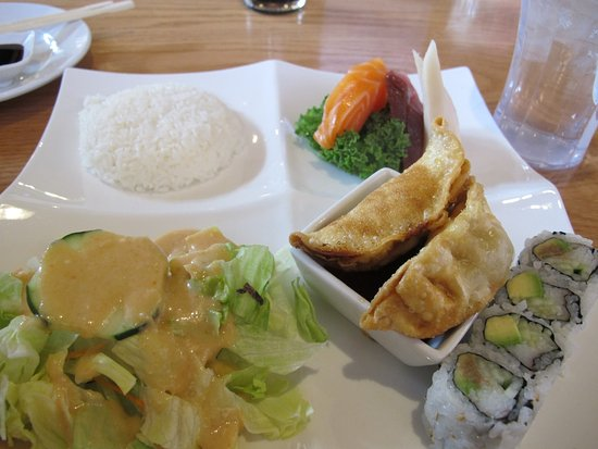 Pinetop-Lakeside, AZ: Lunch Japanese Sashimi Box