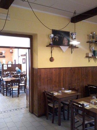 Omegna, Italia: sala pranzo e sala bar