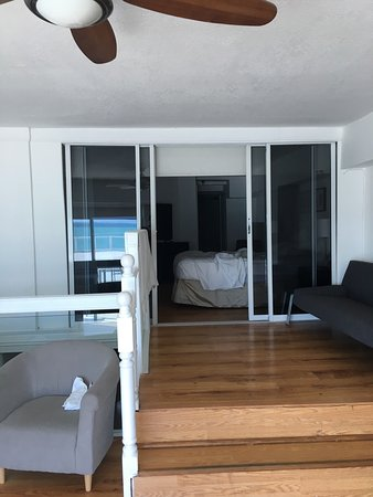 North Miami Beach, FL: New Point Miami Beach Apartments