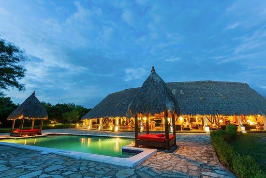 Tola, Nikaragua: Restaurant at sunset. Just beautiful!