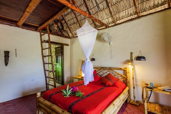 Tola, Nikaragua: A view to the interior of the rooms