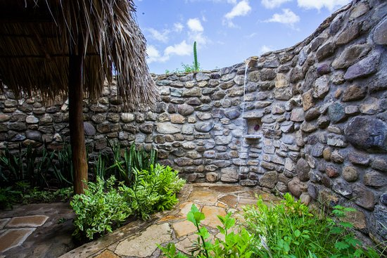 Tola, Nicaragua: Be refreshed by a shower looking as a waterfall