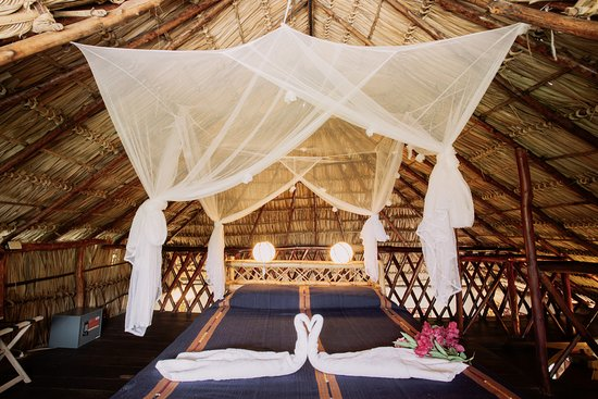 Tola, Nicaragua: So romantic!! Honeymoon suite