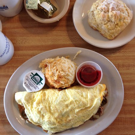 Ultimate Omelet House & More : Home made biscuits too!