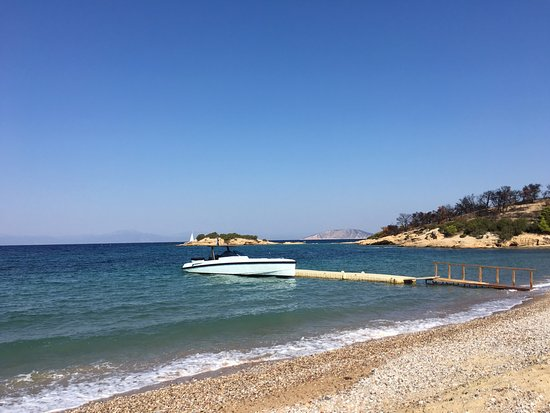 Kranidi, Grécia: Beach Area, a one of a kind WALLY boat is available for lease