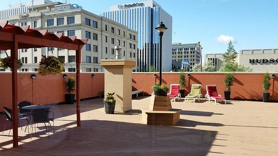 Hilton Garden Inn Saskatoon Downtown: Josie's Deck is available to book. Located on the 2nd Floor, overlooking downtown.