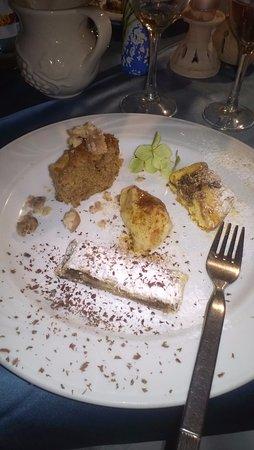 Grimacco, Italia: struki kuhani, torta morbida di castagne, gubana, strudel di pere e cioccolato