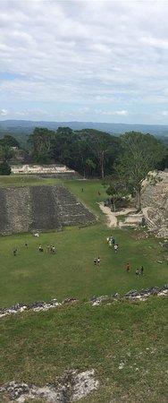 Museo y Ruinas Mayas de Cahal Pech: photo2.jpg