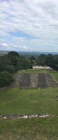 Museo y Ruinas Mayas de Cahal Pech: photo3.jpg