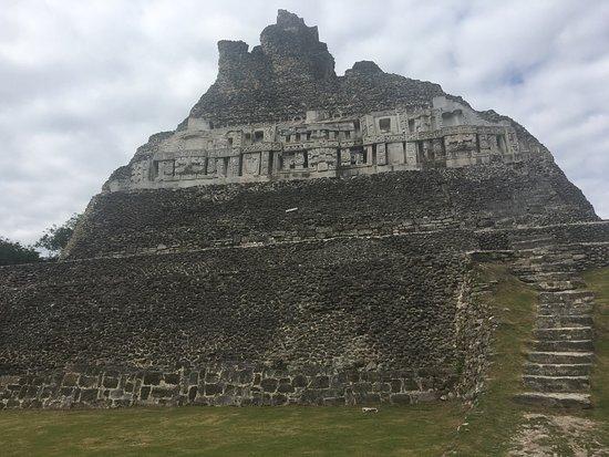 Museo y Ruinas Mayas de Cahal Pech: photo4.jpg