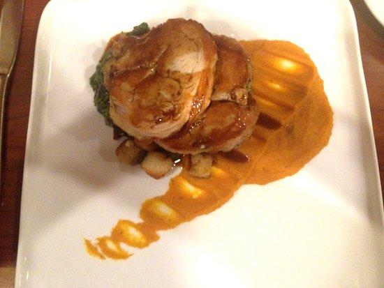 praline bakery bistro thanksgiving roasted turkey galantine butternut squash puree creamed spinach