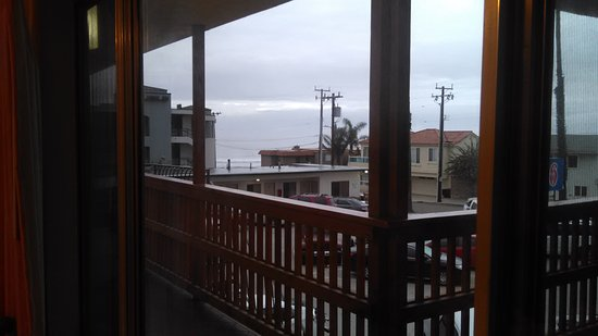 Ocean Breeze Inn: window view