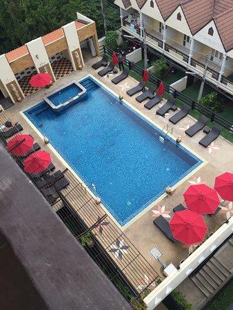 Golden Sea Pattaya Photo