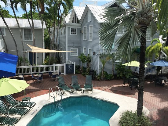 Lighthouse Court Hotel in Key West: Lighthouse Court Hotel - Pool