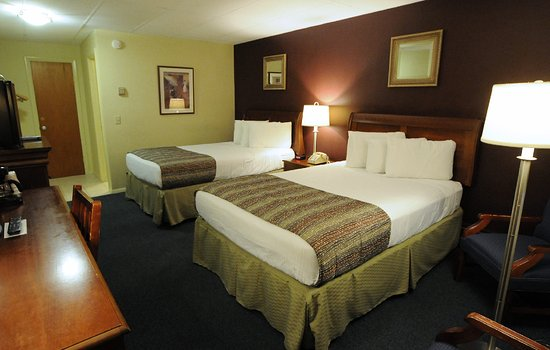 Beau Bar Harbor Villager Motel: Economy Room With 2 Double XL (extra Long) Beds