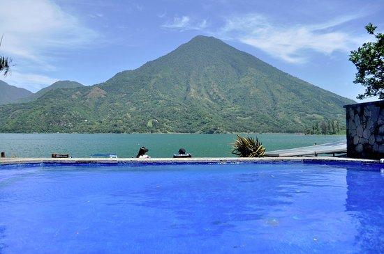 Santiago Atitlan, กัวเตมาลา: Pool & hot tub