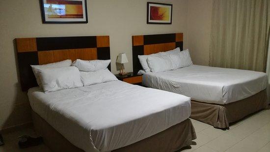 Metro Hotel Panama: IMG_20161127_220512_large.jpg