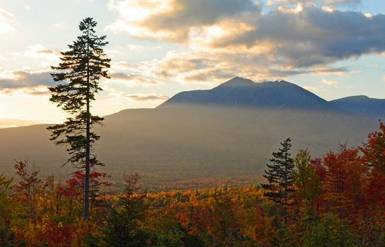 Patten, Мэн: Mt. Katahdin at dusk taken from Katahdin Loop Rd in Katahdin Woods & Waters National Monument